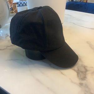 Black light weight summer hat